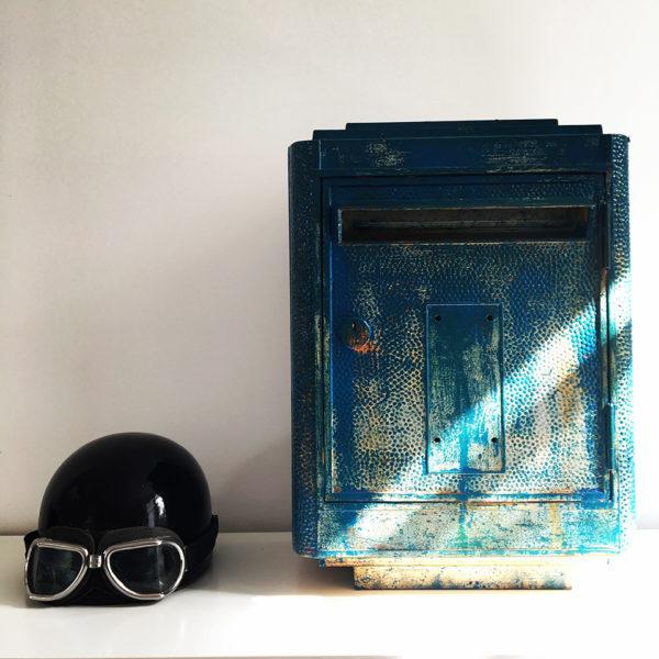 Boite aux lettres retro deco tendance vintage artiste Julian Arnaud