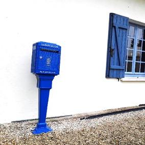 Boite aux lettres normalisée bleue grand modèle personnalisable La Boite Jaune - Ou mettre sa boite aux lettres - ou installer sa boite aux lettres